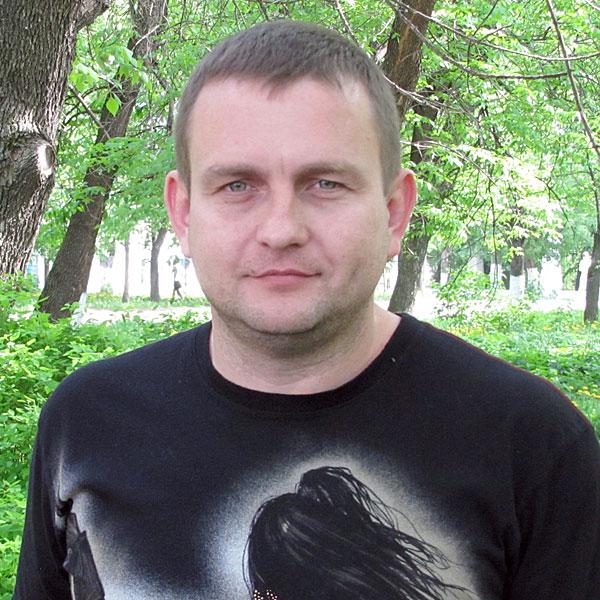 Александр Костиков